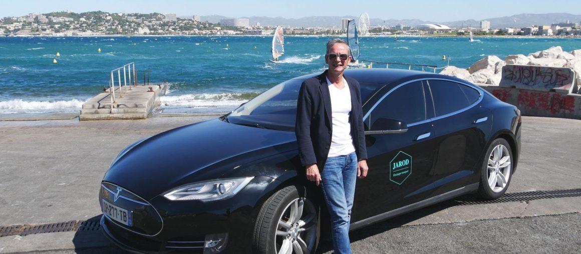 Ce chauffeur VTC en Tesla Model S a dépassé les 300.000 km